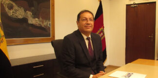 Santiago Guarderas alcalde